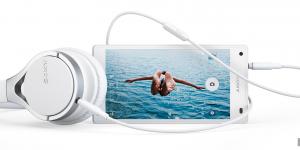 Köp Sonys Xperia Z5 Compact nu och få hörlurar på köpet